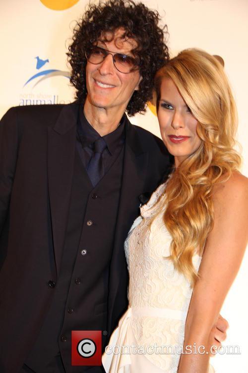 Howard Stern and Beth Osrosky Stern 2