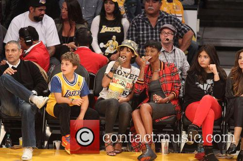 rihanna celebs at the lakers game 3967623
