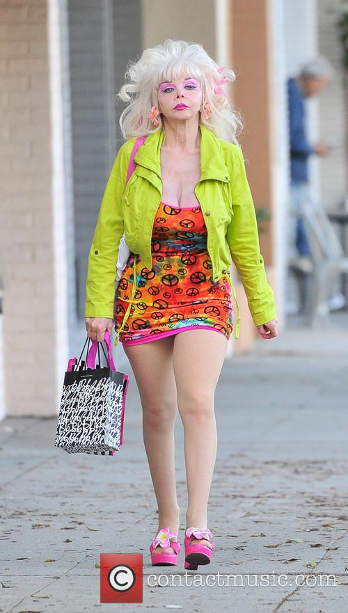 Angelyne goes shopping