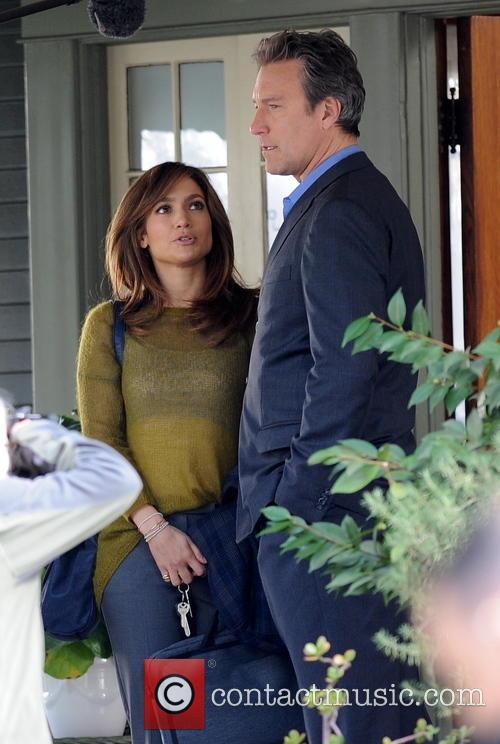 Jennifer Lopez and John Corbett 6