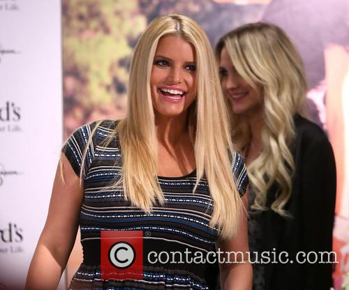 Jessica Simpson and Ashlee Simpson 3