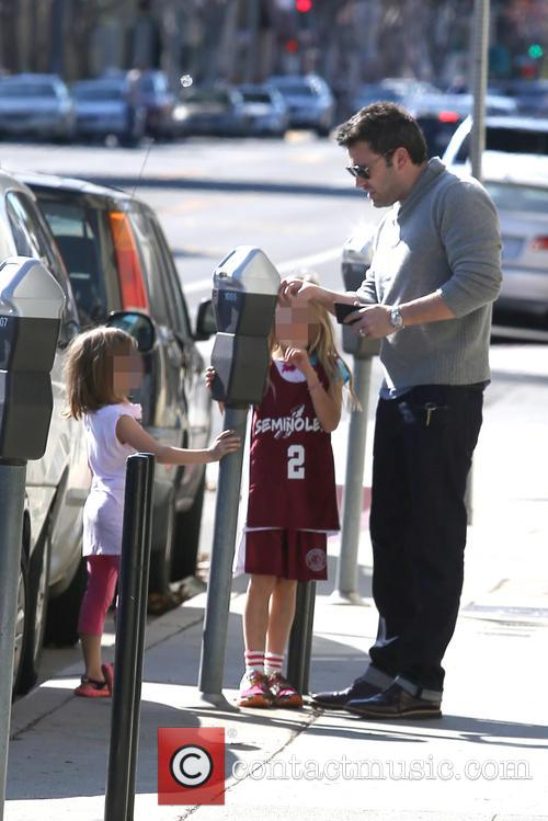 Ben Affleck, Violet Affleck and Seraphina Affleck 6