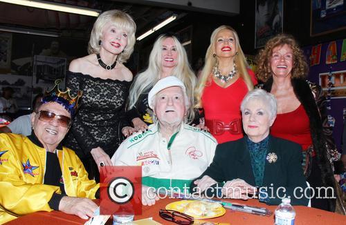 George Barris, Marty Ingles, Shirley Jones, Francine York, Brenda Dickson and Mamie Van Doren 1