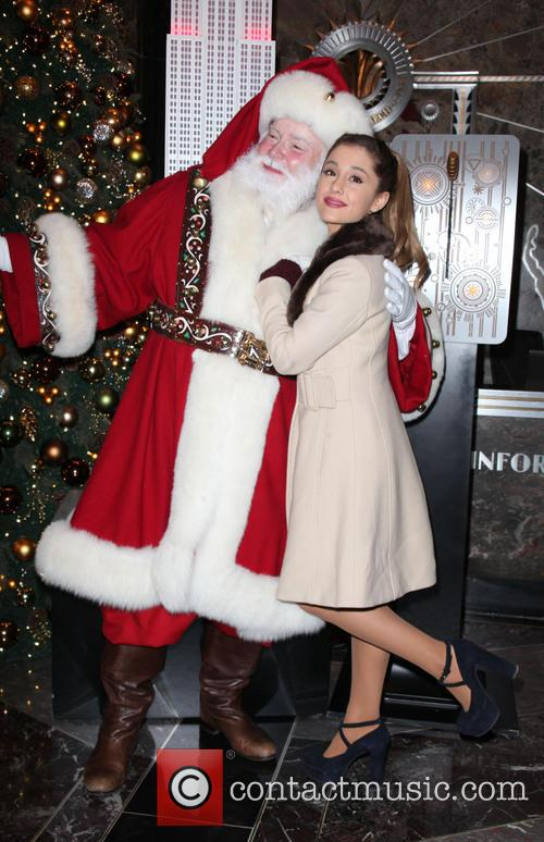 Santa Claus and Ariana Grande 6