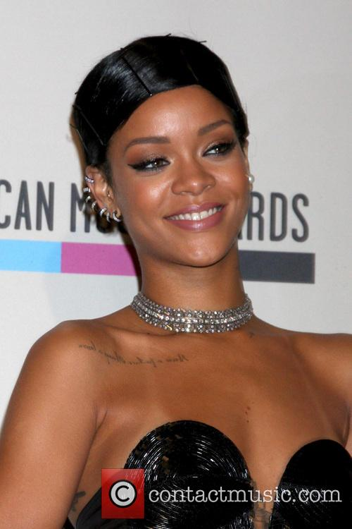 Rihanna, Nokia Theater at LA Live, American Music Awards