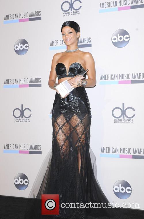 Rihanna 15