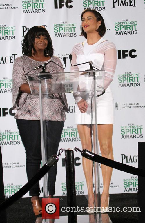 Octavia Spencer and Paula Patton 9