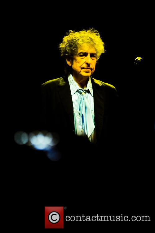 Bob Dylan performing live