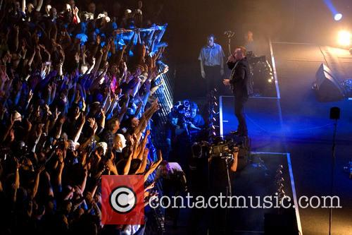Simple Minds Performing In Concert