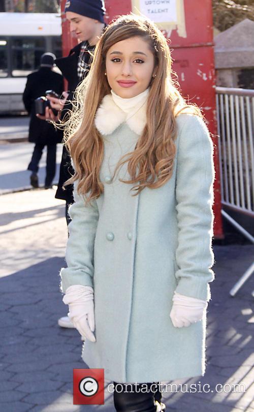 Ariana Grande, Macy's
