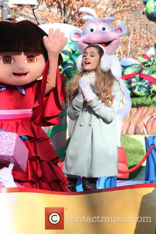 Ariana Grande and Dora 4
