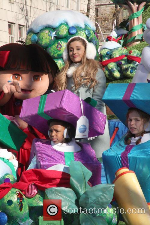 Ariana Grande and Dora 7