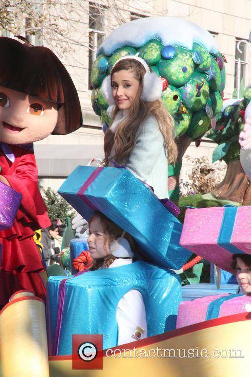 Ariana Grande and Dora 8