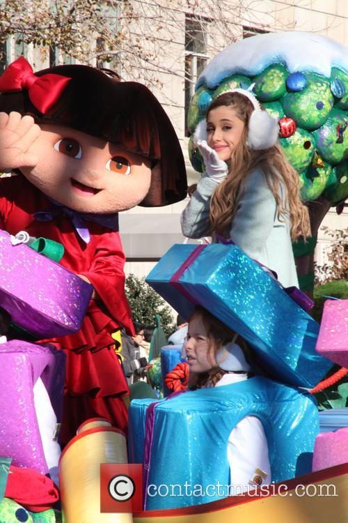 Ariana Grande and Dora 9
