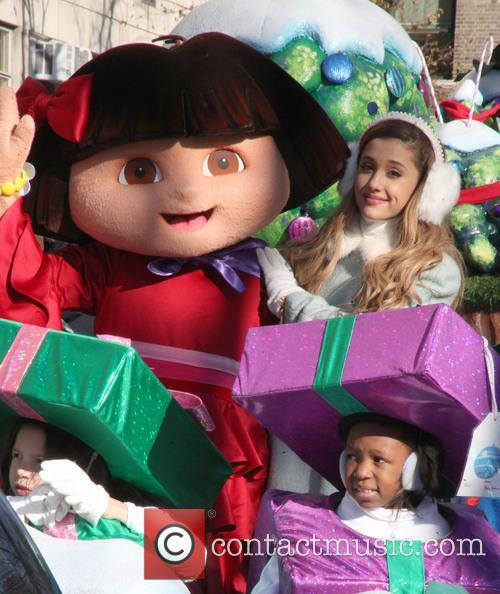 Ariana Grande and Dora 1