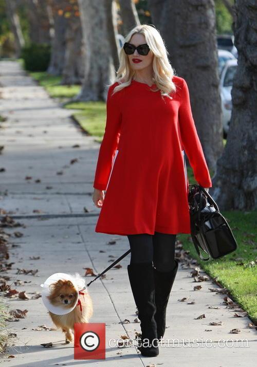 Gwen Stefani Visits Her Mother For Thanksgiving