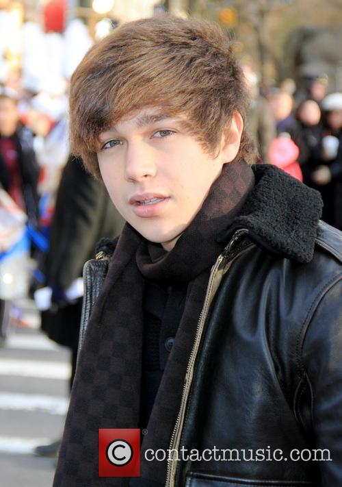 austin mahone 2013 macys thanksgiving day parade 3974487