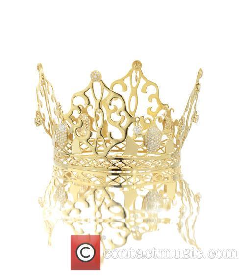 The 'fairytale' gold and diamond crown tiara