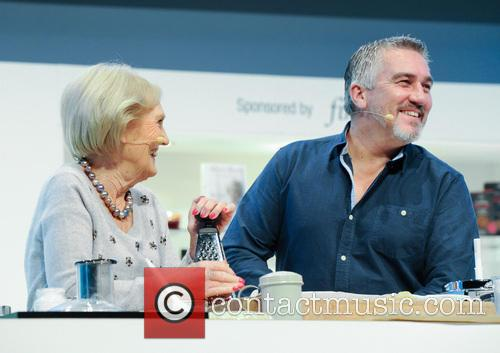 Paul Hollywood and Mary Berry 6