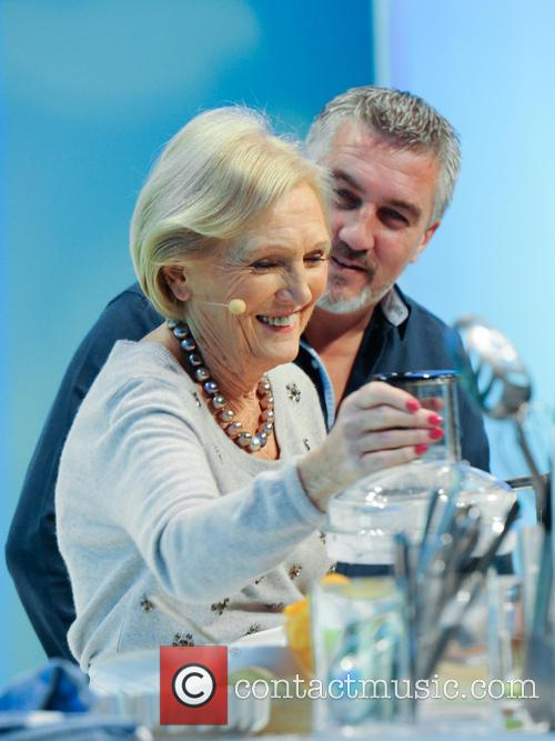 Paul Hollywood and Mary Berry 15