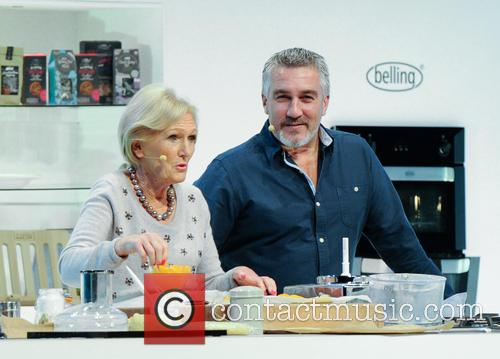 Paul Hollywood and Mary Berry 18