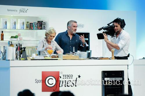 Paul Hollywood and Mary Berry 22