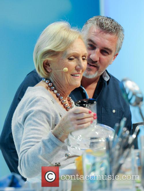 Paul Hollywood and Mary Berry 23
