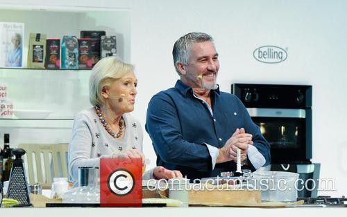 Paul Hollywood and Mary Berry 27