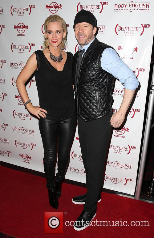 Jenny McCarthy and Donnie Wahlberg 19