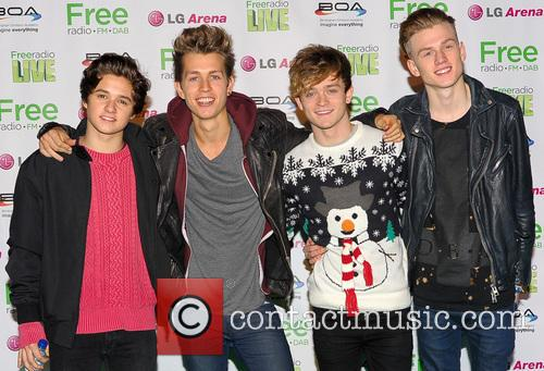 The Vamps, James McVey, Connor Ball, Tristan Evans and Bradley Simpson 12