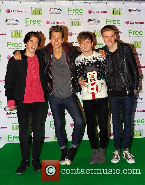 The Vamps, James Mcvey, Connor Ball, Tristan Evans and Bradley Simpson 2