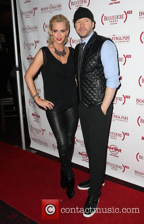 Jenny McCarthy and Donnie Wahlberg 8