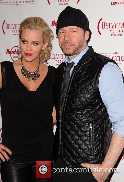 Jenny McCarthy and Donnie Wahlberg 12