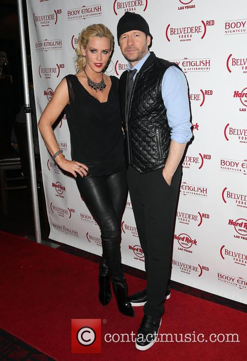 Jenny McCarthy and Donnie Wahlberg 13