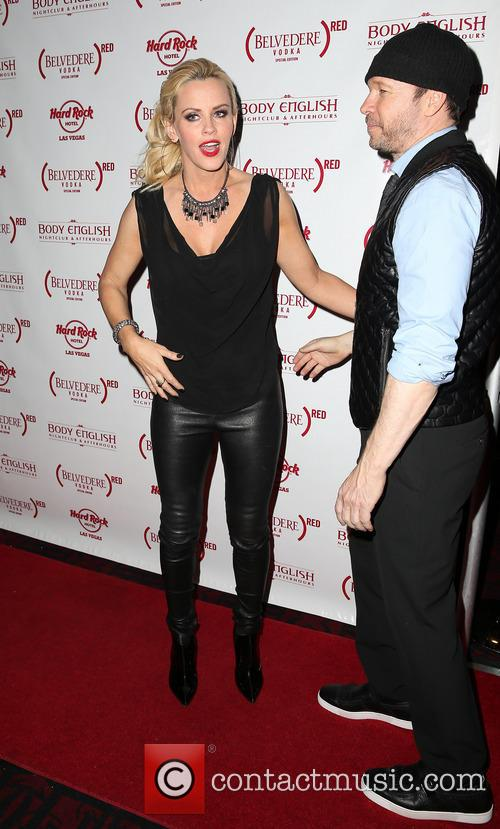 Jenny McCarthy and Donnie Wahlberg 16