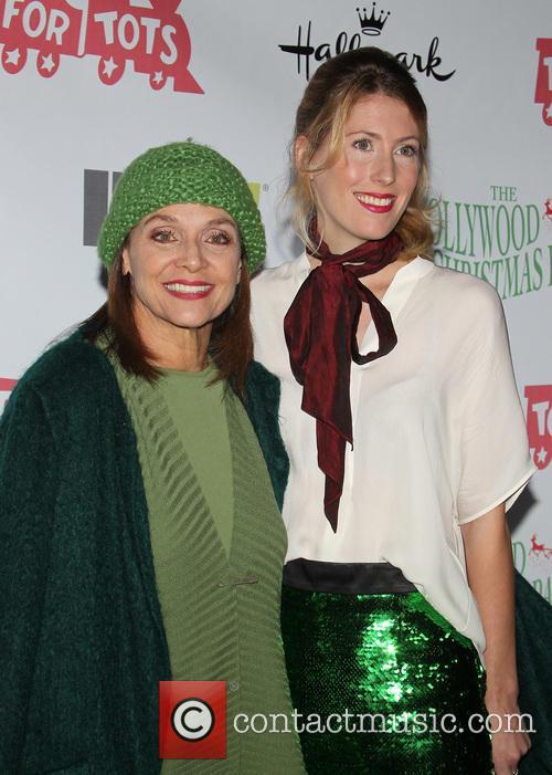 Valerie Harper and Cristina Harper 7