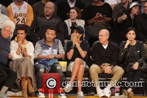 rihanna celebrities at the lakers game 3977236