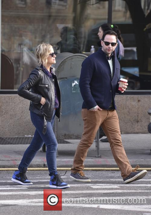 Amy Poehler and Nick Kroll 11