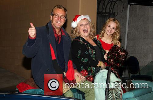 Doug Davidson, Beth Maitland and Hunter King 3