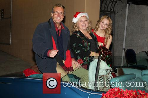 Doug Davidson, Beth Maitland and Hunter King 1