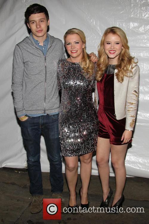 Nick Robinson, Melissa Joan Hart and Taylor Sprietler 1