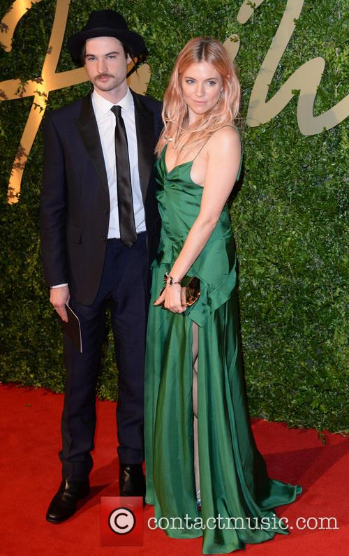 Sienna Miller and Tom Sturridge 5