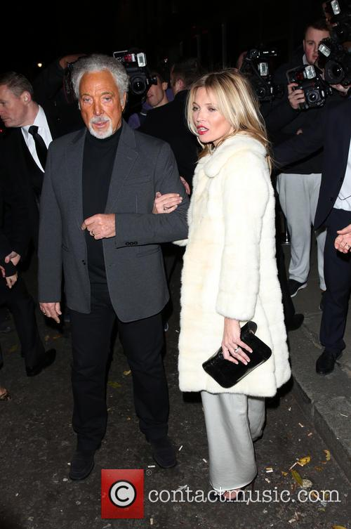 Kate Moss and Tom Jones 4