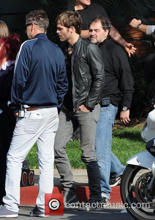 chris pine horrible bosses 2 filmset 3980212