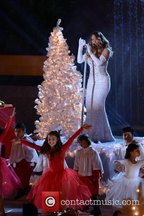 Mariah Carey Christmas Tree Performance