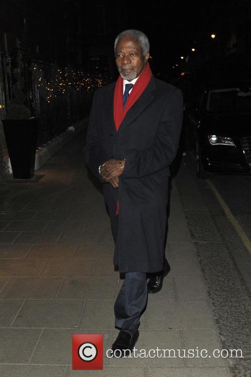 Kofi Annan returns to his hotel