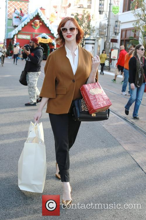 Christina Hendricks Christmas shopping