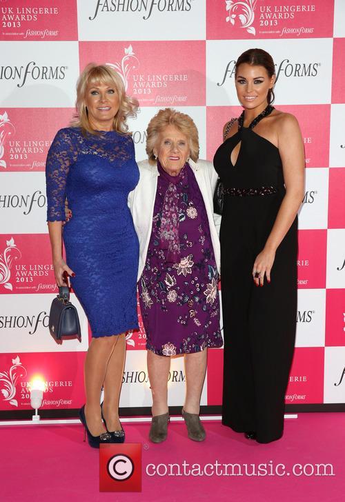 Carol Wright, Jessica Wright and Nanny Pat 1