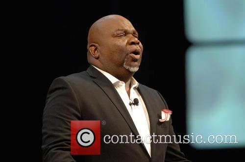 Picture - T.D. Jakes at Dallas Convention Center