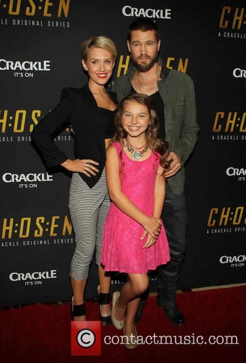 Nicky Whelan, Caitlin Carmichael and Chad Michael Murray 8